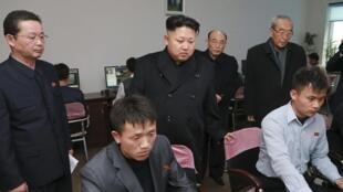 6.000 chuyên viên tin học Bắc Triều Tiên được đào tạo để tiến hành chiến tranh trên mạng - © Reuters