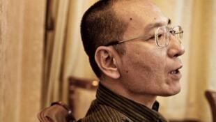 13日是诺贝尔和平奖得主刘晓波逝世3周年(刘晓波图取自twitter.com/xiaowaves)