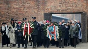 Sobreviventes e convidados na cerimónia para assinalar os 75 anos do encerramento pelo exército soviético do Campo de Concentração nazi de Auschwitz, na Polónia 27/01/2020