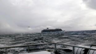 У круизного лайнера «Викинг Скай» отказали двигатели
