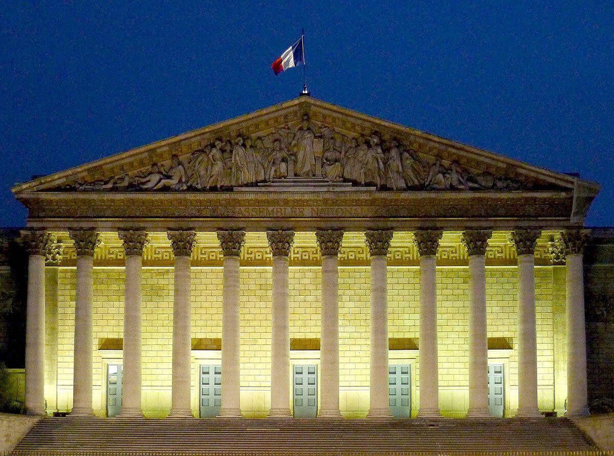 Tòa nhà Quốc Hội Pháp, quận 7, Paris. Ảnh minh họa.