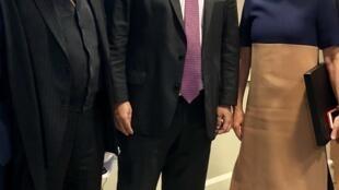 O embaixador Anthony Harrington, presidente do Conselho Consultivo do Instituto Brasil, Rodrigo Maia e Jane Harman, presidente do Wilson Center em 17 de janeiro de 2018.