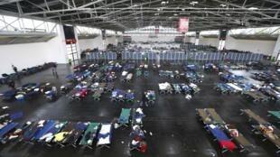 Espaço que recebe migrantes que chegam à Alemanha
