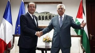 François Hollande with Mahmoud Abbas, Ramallah,18 november 2013.
