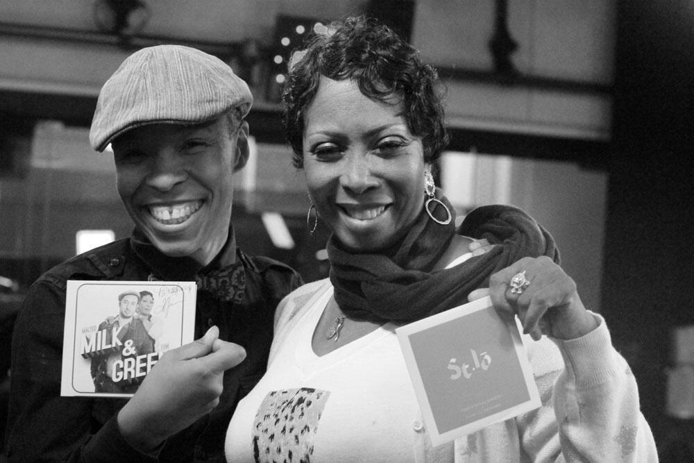 Mezz Walidah de St-Lô et Toni Green à RFI.
