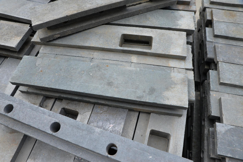 Un bloc se compose d'environ 2,5 ou 3 kilos de déchets recyclés.