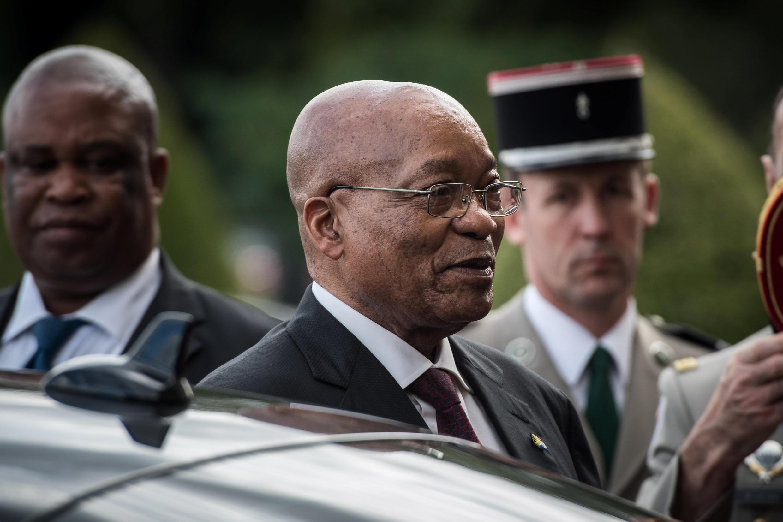 Le président sud-africain Jacob Zuma aux Invalides le 11 juillet 2016.