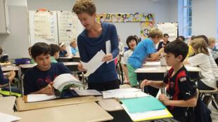 Las autoridades educativas de Estados Unidos se han convencido de que para los niños es imprescindible contar con el español como lengua extranjera en su futura hoja de vida.