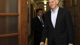 PM Papandreou vows to ensure the country's credibility