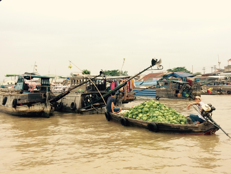 Một góc chợ nổi Cái Răng, thành phố Cần Thơ, 12/2016.