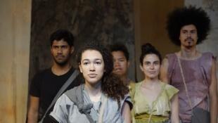 """A peça """"Vie et morte Séverines"""" será apresentada nesta sexta-feira (26) no Teatro da Bastilha, em Paris."""