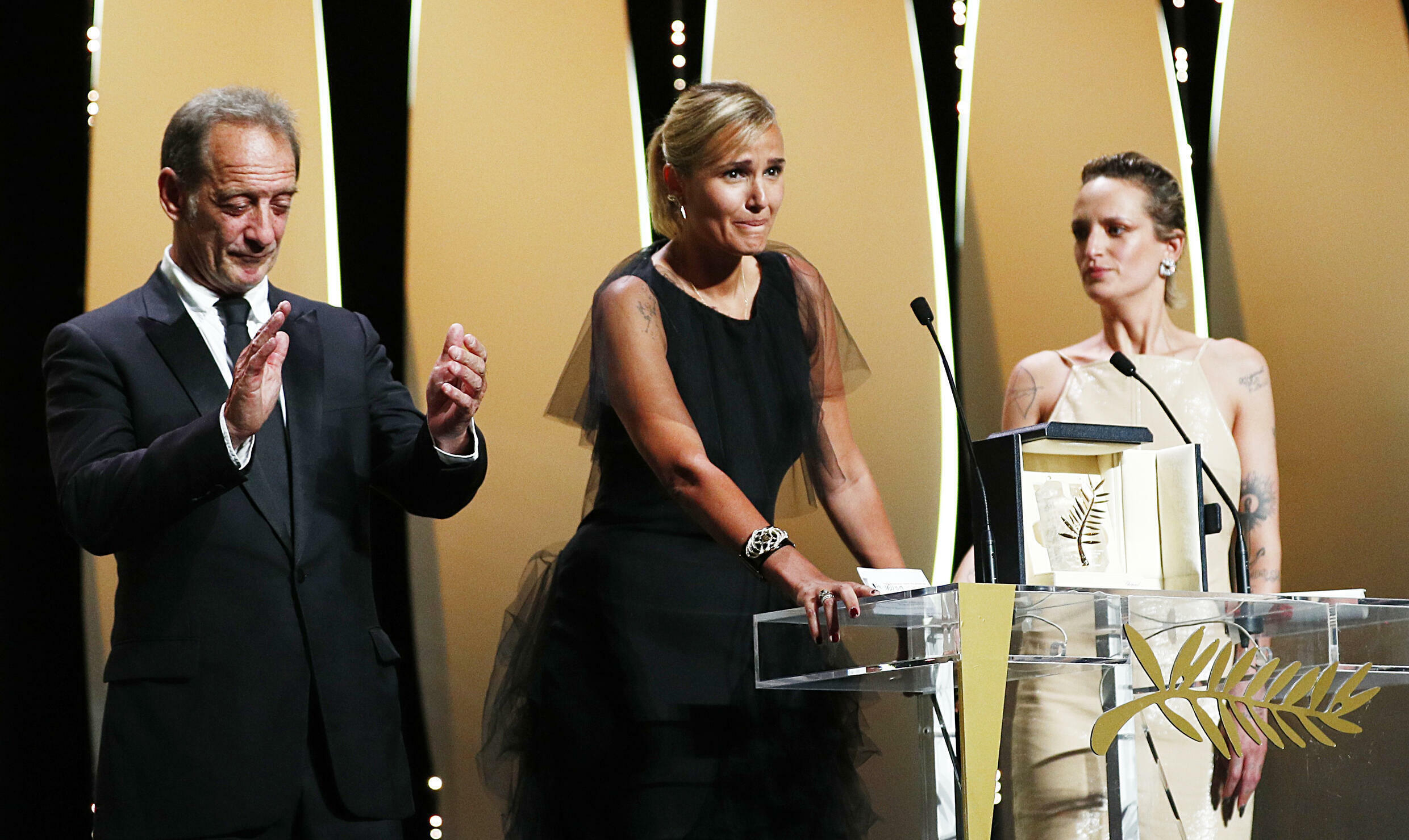 2021-07-17T191043Z_843793636_UP1EH7H1H9TYV_RTRMADP_3_FILMFESTIVAL-CANNES-AWARDS
