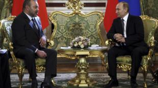 លោកប្រធានាធិបតីរុស្ស៊ី Poutine ជួបប្រាស្រ័យជាមួយព្រះចៅប្រទេសម៉ារុក Mohammed ទី៦ នៅវិមានKremlin,ក្រុងMoscou ១៥មីនា២០១៦ថ្ងៃ