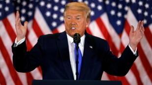 2020-11-04T081555Z_991021797_RC28WJ9ID8EO_RTRMADP_3_USA-ELECTION-TRUMP