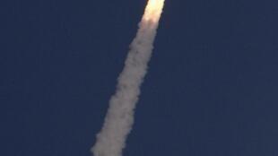 O foguete com a sonda para explorar Marte decolou nesta terça-feira do sul da Índia.