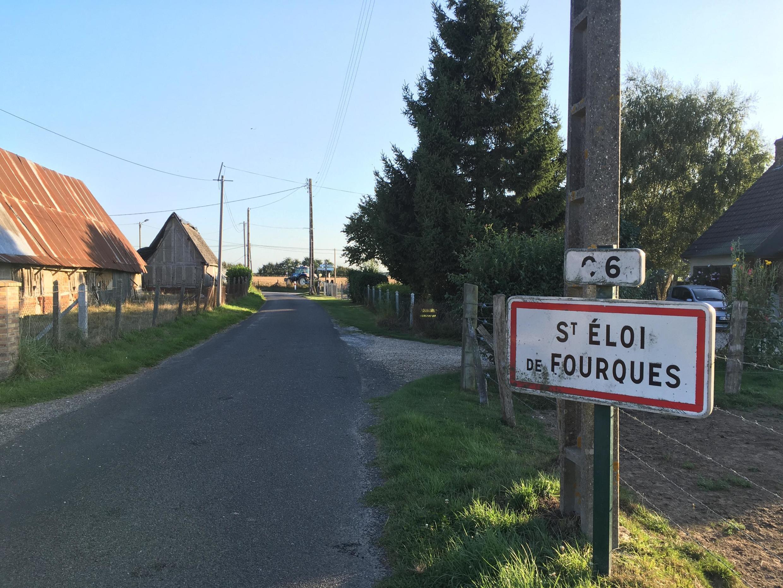 """El alcalde del pueblo de Saint-Eloi de Fourques, en Normandía, adoptó un decreto antipesticidas en julio """"para proteger el agua"""" de su comuna, se justifica. Foto Septiembre de 2019"""