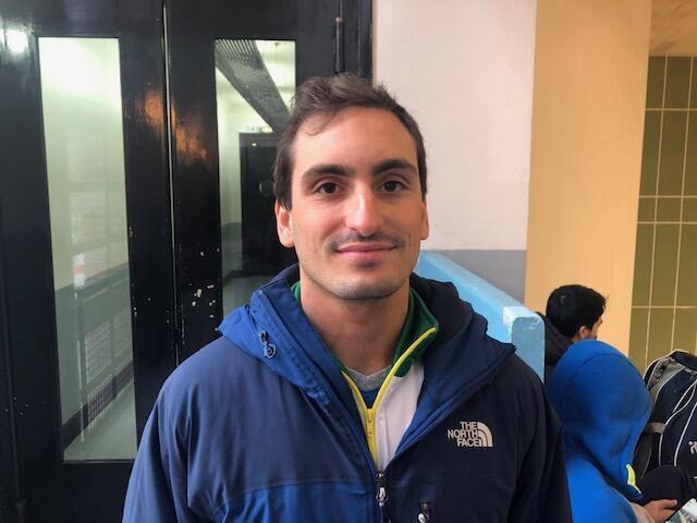 O esgrimista gaúcho Guilherme Toldo, em Paris.