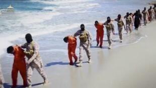 Grupo Estado Islâmico divulga vídeo da  suposta execução de 28 cristãos etíopes.