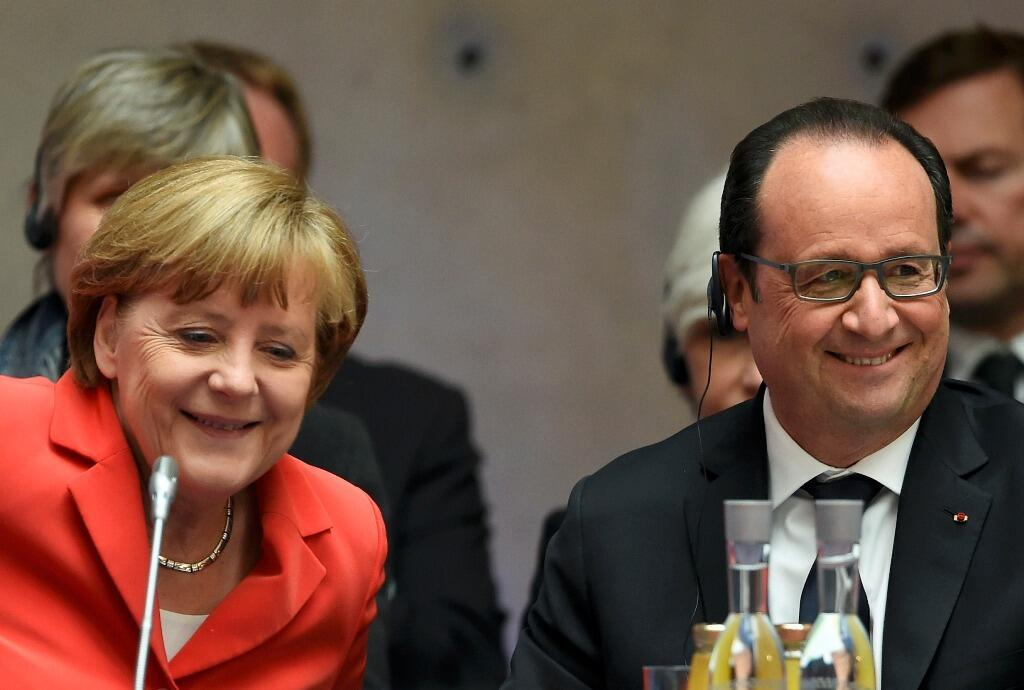 French President Francois Hollande and German Chancellor Angela Merkel in Berlin  on 19 May