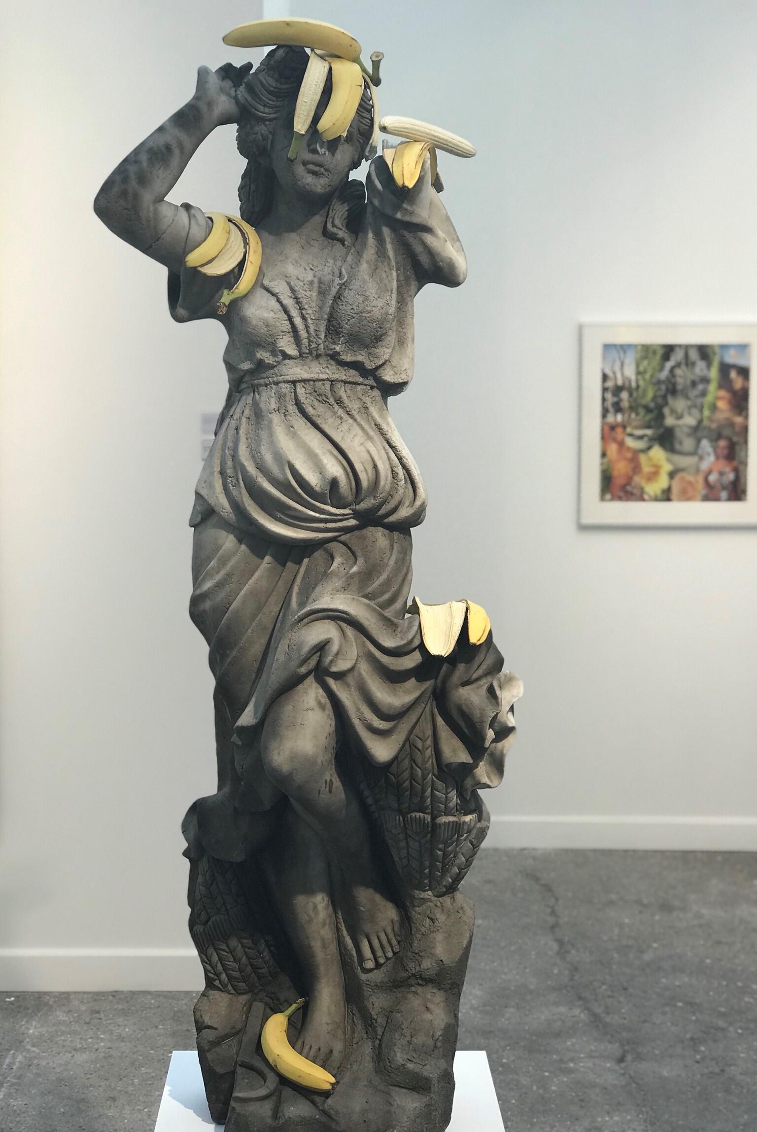 مجسمه برنزی اثر Tony Matelli / قسمتی از اثر