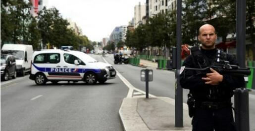 A suspected bomb-making laboratory was discovered on Wednesday in an unoccupied apartment in the Paris suburb of Villejuif, with police finding ingredients used for producing TATP explosives