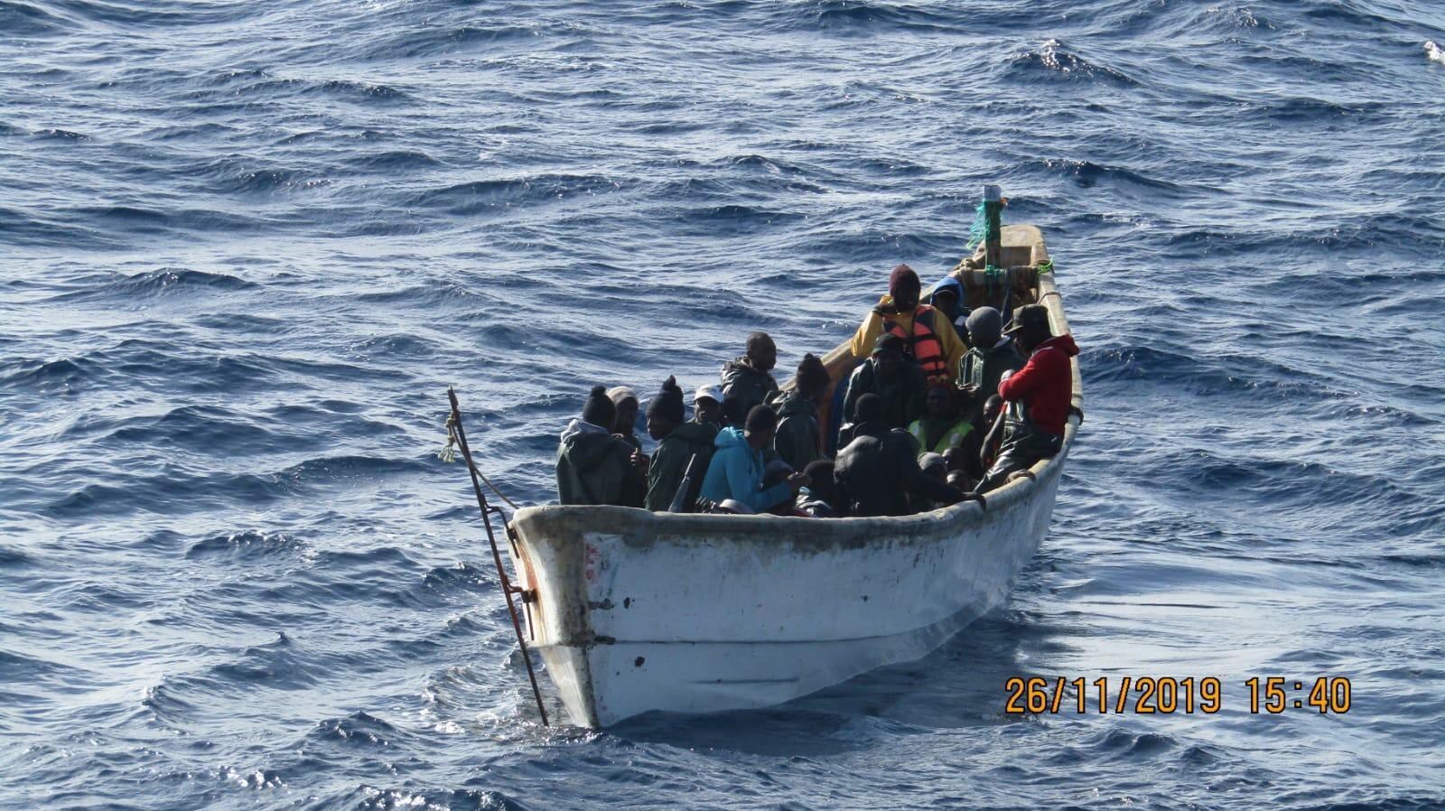 Environ 11 000 personnes sont arrivés aux Canaries cette année à bord d'embarcations de fortune, plus de 4000 rien qu'en ce mois d'octobre.