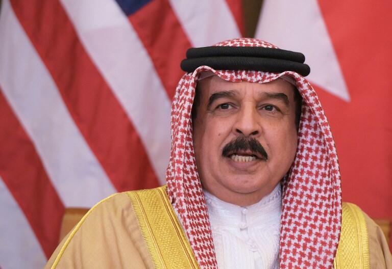 شیخ حامد بن عیسی آل خلیفه، امیر بحرین هدف از تصمیم گرفته شده را تامین امنیت بیشتر برای بحرین اعلام کرد.