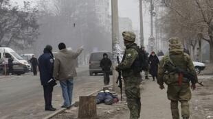 遭叛軍炮擊的烏克蘭東部沿海城市馬里烏波爾