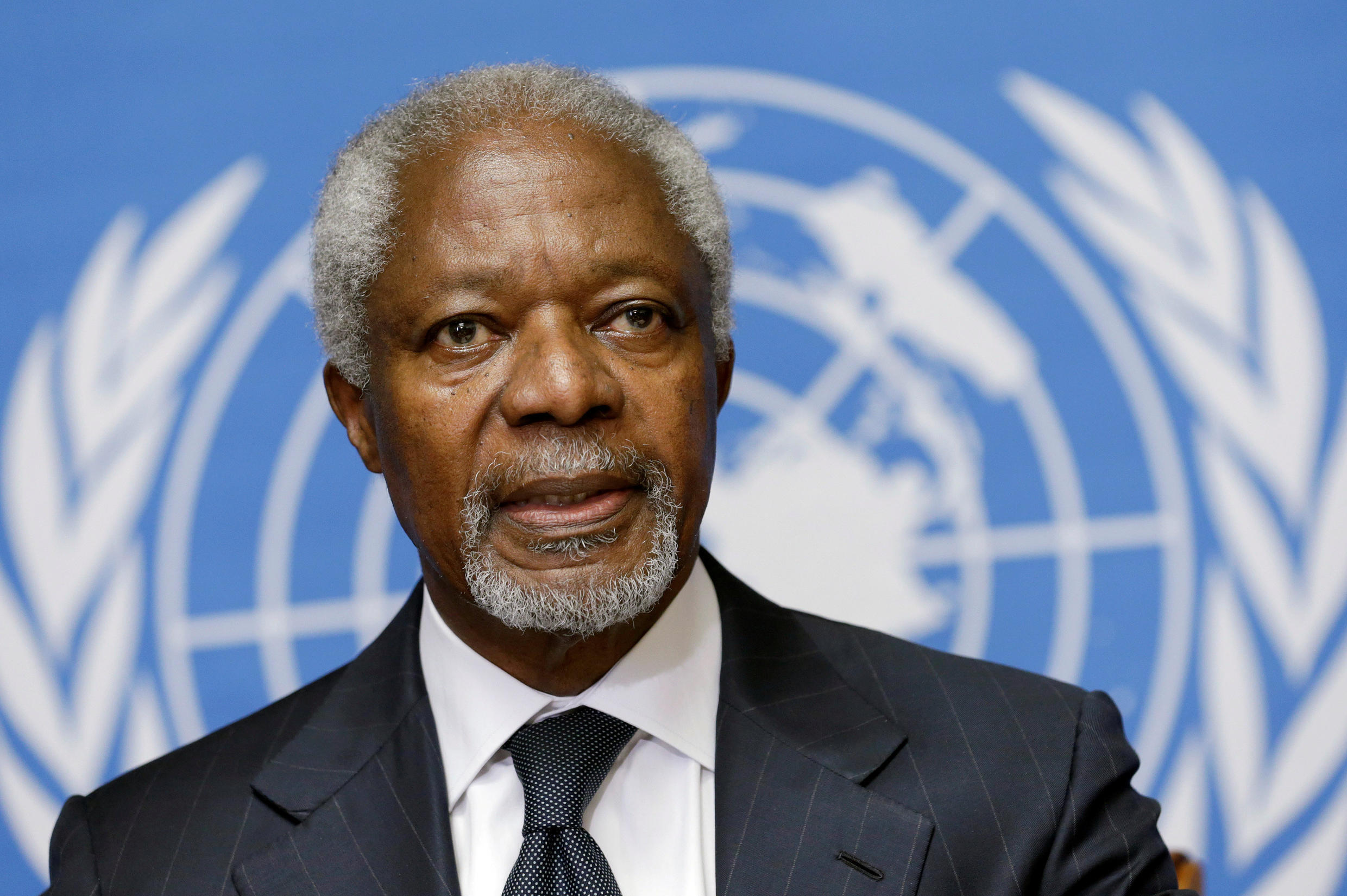 Kofi Annan addresses a news conference at the United Nations in Geneva August 2, 2012. REUTERS/Denis Balibouse