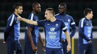 Entraînement de l'équipe de France, avant le match disputé contre la Georgie, le 5 septembre 2013.