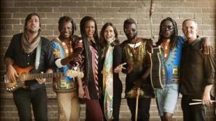 Laurinda Hofmeyr with the Afrique mon désir Ensemble