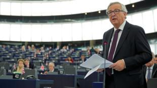 Le président de la Commission européenne Jean-Claude Juncker, devant le Parlement européen, le 26 octobre 2016.