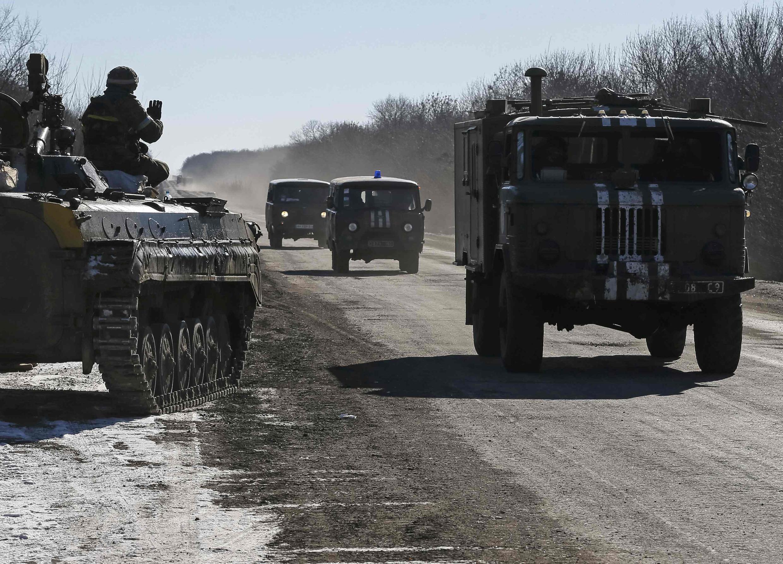 Отвод украинских войк из Дебальцево. 18 февраля 2015 года