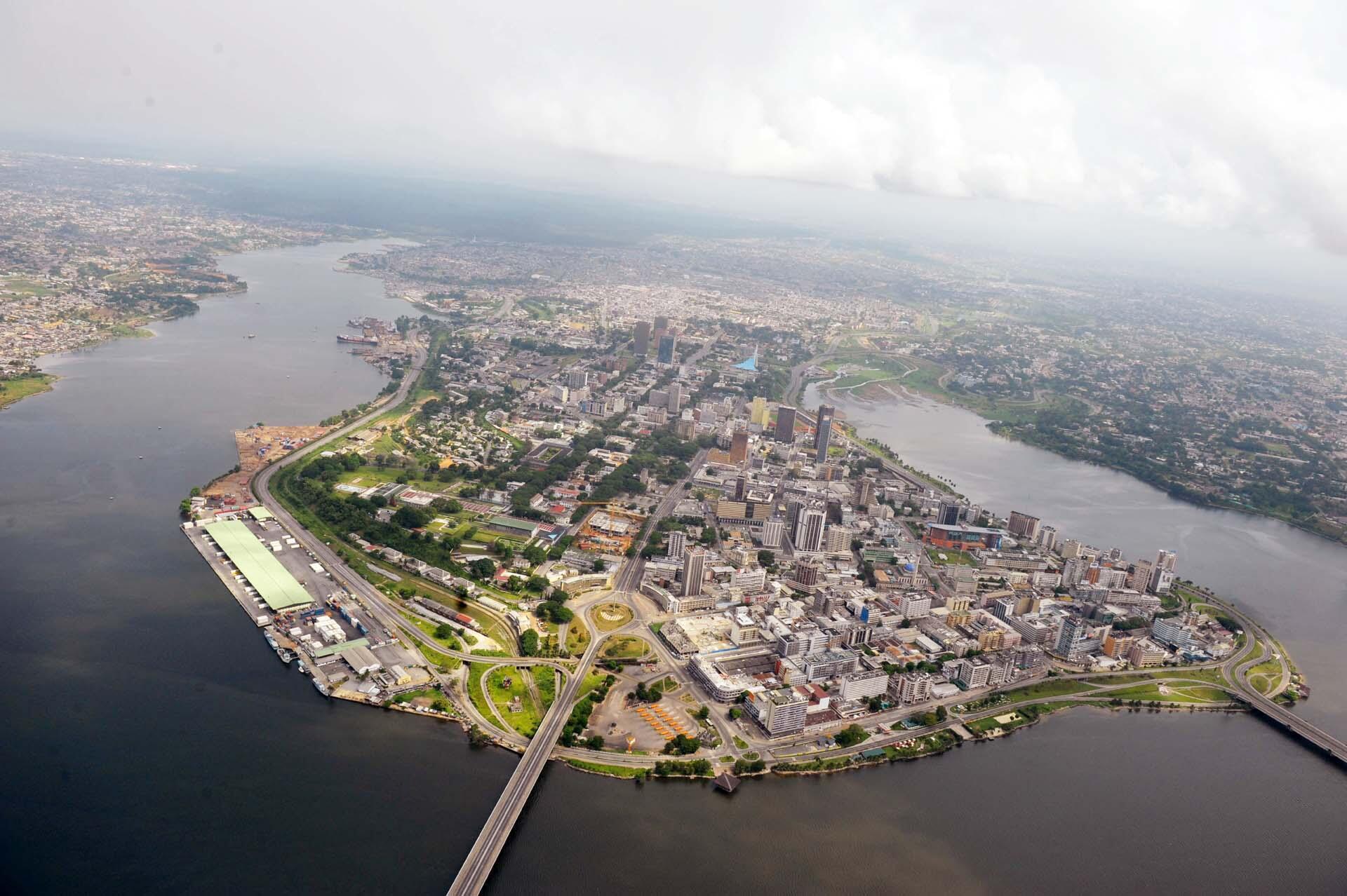 Vue aérienne du quartier du Plateau à Abidjan, en Côte d'Ivoire. (Image d'illustration)