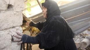 Una habitante que vive cerca del lugar donde explotaron las bombas.