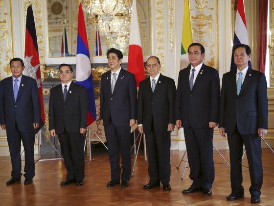 Thủ tướng Shinzo Abe tiếp đón các lãnh đạo vùng sông Mêkông - Reuters