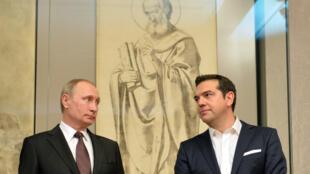 Le président russe Vladimir Poutine et le Premier ministre grec Alexis Tsipras, en 2016 à Athènes.
