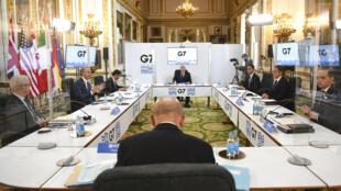 G7外长举行两年多来首次面对面会议,磋商如何共同应对中国。2021年5月4日伦敦