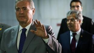 O Supremo Tribunal Federal (STF) decidiu por 6 votos a 3 manter  Renan Calheiros como presidente do Senado.
