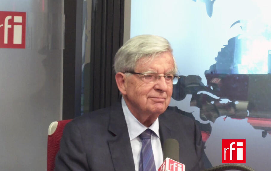 Jean-Pierre Chevènement.
