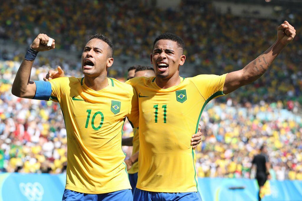 Wachezaji wa Brazil wakisherehekea ushindi dhidi ya Honduras mabao 6-0 Agosti 17 2016
