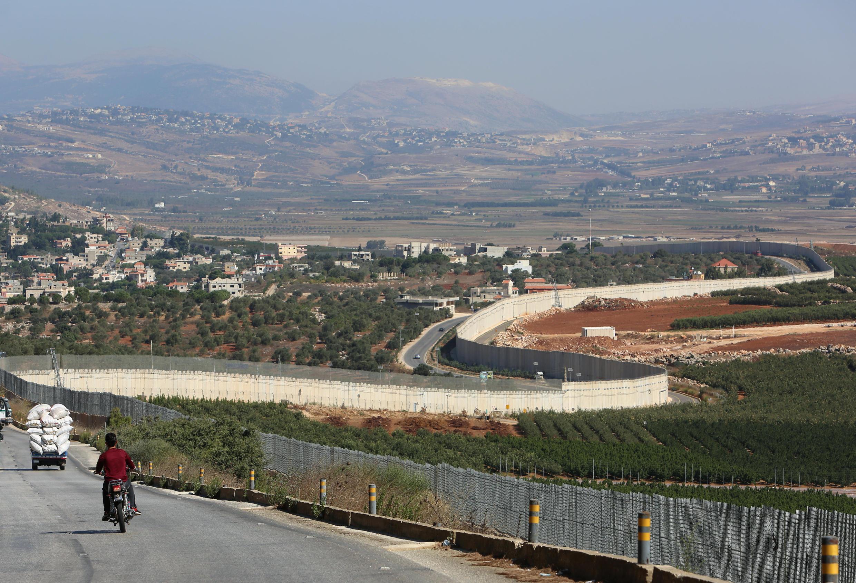 """مرز زمینی لبنان و اسرائیل، معروف به """"خط آبی"""" نیز یکی از موضوعات مذاکرات لبنان-اسرائیل خواهد بود"""