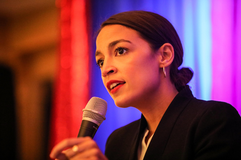 Alexandria Ocasio-Cortez, est une des nouvelles figures politiques américaines.