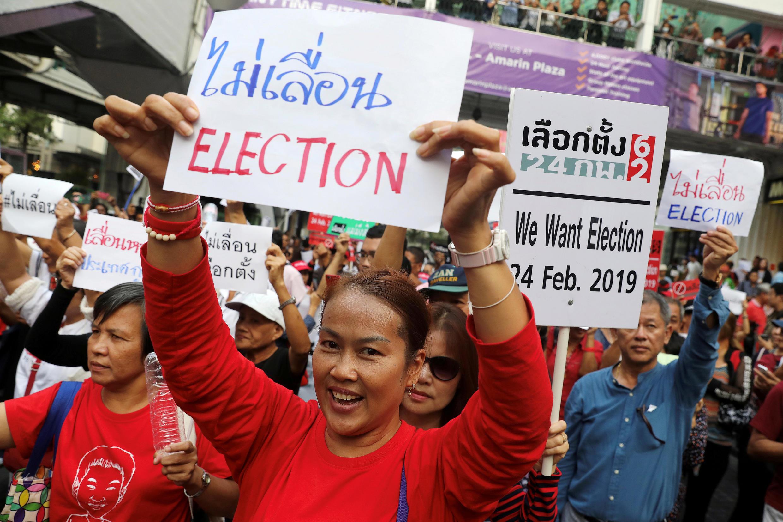 Biểu tình đòi chính quyền quân sự tổ chức bầu cử Quốc Hội, Bangkok, Thái Lan, ngày 08/01/2019