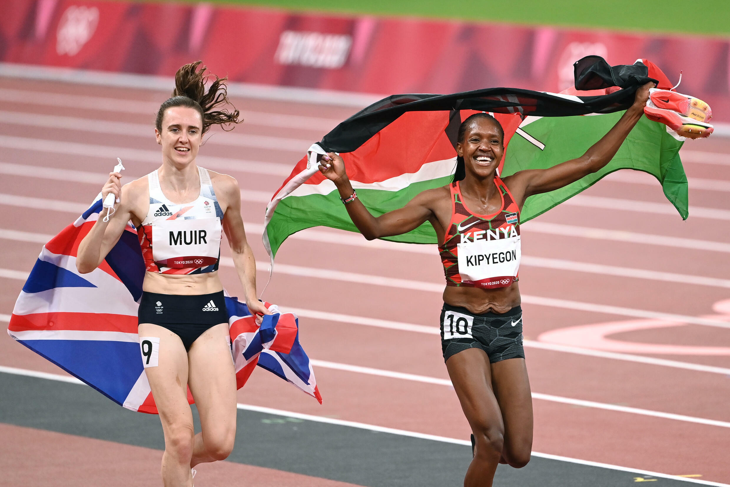 Kenya's Faith Kipyegon retained her Olympic women's 1500 metres title and Laura Muir won silver for Britain