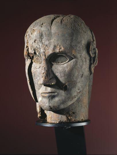 """""""Etruscos"""" en el Museo Maillol puede verse hasta febrero de 2014."""