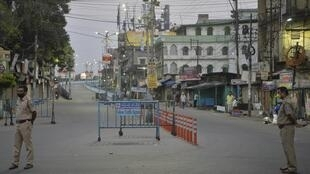 Des mesures de confinement ont été prises en Inde.