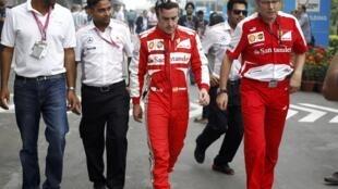 O espanhol Fernando Alonso da Ferrari é o único piloto que pode impedir a conquista de Vettel no domingo.