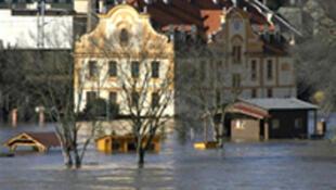 A l'époque, dans le centre du pays, des centaines d'habitants avaient été évacués par précaution.