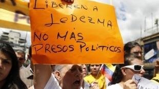 Manifestación en apoyo a Antonio Ledezma tras su detención.